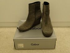 Boxed Ladies Gabor Kalbvelour Grey Suede Wedge Ankle Boots Size 7.5 (EU 41)