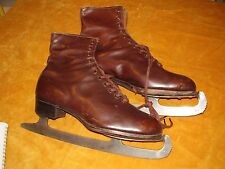 Vintage Ladies ice skates Leather skating boots Size 5 Winter sports British -