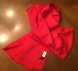 GUCCI UNISEX $510 RED GG/ICONIC 100% CASHMERE SCARF NEWWTAG ITALY
