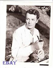 Cornel Wilde sexy w/pipe VINTAGE Photo Leave Her To Heaven
