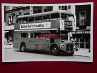 PHOTO  LONDON TRANSPORT ROUTEMASTER BUS NO RM296 AT VICTORIA 1/8/70