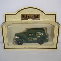 Lledo : Days Gone : 1939 Chevrolet Panel Van : LIPTONS : LIPTON'S TEA : DG30002