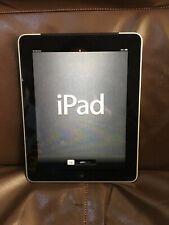Apple iPad 1st Gen. 16GB, Wi-Fi + Cellular (AT&T), Silver With ZAGG keyboard