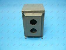 Allen Bradley 800H-2HZ4R Push Button Enclosure 30.5 MM 2 Hole Polyester Used