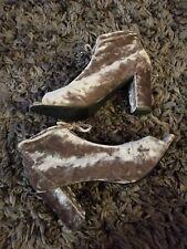 REPORT Sakai 8.5 WIDE Zip Up Gray Velour Booties Ankle Boot Open Toe NWOB Heel