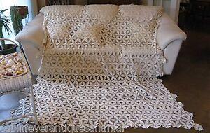 Vintage Ecru Floral Fillet Crochet Bedspread Tablecloth King Queen Full 100x84