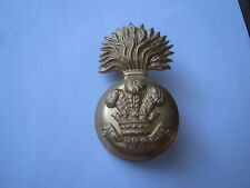 More details for royal welsh fusiliers fur busby grenade badge