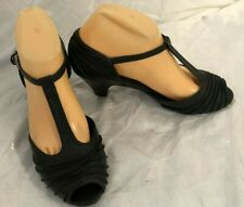 i love billy ,ladies leather black shoes/ mid heels size 39/size 8