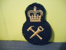 Canadian Forces: Crown/ Hammer,Saw Yellow On Black Patch