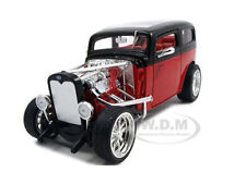 1931 FORD MODEL A CUSTOM RED/BLACK 1:18 MODEL CAR BY ROAD SIGNATURE 92849