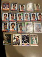 Lot of (20) Roberto Alomar: 1988 Score Traded Roberto Alomar #105T Rookie + More