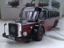 Véhicules miniatures rouge Premium ClassiXXs pour Mercedes