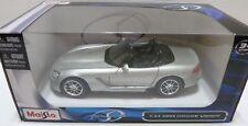 2003 Dodge Viper SRT-10 Silver 1:24 Diecast Model Maisto - 31232s