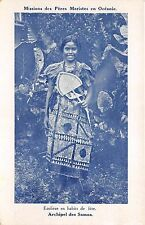 B84871 ecoliere en habits de fete types folklore   oceania samoa
