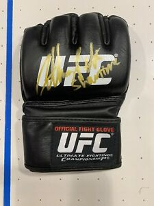 """Anthony """"Showtime"""" Pettis Signed UFC Fight Glove Mma Autograph"""