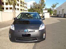 Colgan Front End Mask Bra 2pc. Fits Toyota Prius 2010-2011 W/License Plate
