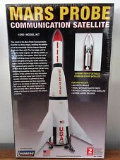 Lindberg 91003 Mars Probe Communication Satellite plastic model kit 1/200