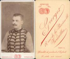 Georges, Versailles, Militaire de la 12e en uniforme à brandebourgs, circa 1880