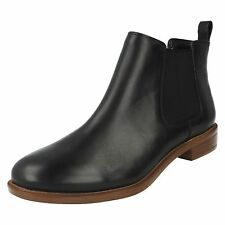 Ladies Clarks Pull on Chelsea BOOTS Taylor Shine UK 6 Black Leather D