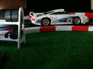 Randstreifen 1m für Carrera 124 /132 Slottrack Rot/Weiß mit Endstücken R.L.