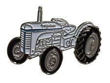 Ferguson TE20 Petit Gris Fergie Vintage Tracteur Agricole Métal Émail Badge 25mm
