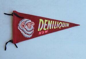 VINTAGE DENILIQUIN NSW AUSTRALIA SOUVENIR PENNANT FELT CLOTH WALL FLAG