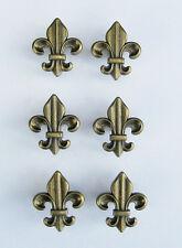 SET SIX (6) ANTIQUE BRASS COLORED CABINET / DRAWER PULLS FLEUR DE LIS KNOBS