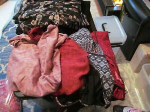 4 ASSORTED STYLE AND DESIGN AND COLOUR TOPS SIZE 20  AS IN PICTURES GOOD CLEAN