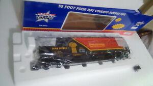 USA trains R14127 Saskatchewan 4 bay Center flow Hopper  NIB