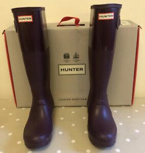 Ladies Hunter Wellies, bright plum,  Size 4, good condition with original box.