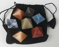 LOT 7 PIERRES COULEURS CHAKRAS PYRAMIDES POLIE LITHOTHERAPIE