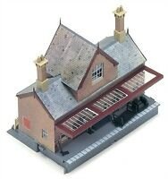 Hornby R8007 Station booking hall