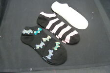 NWT : LE GALE SET OF SCOTTIE DOGS/ STRIPES/ WHITE... NO SHOW SOCKS... SIZE 9-11
