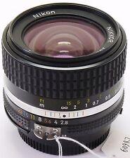 Nikon 28 mm f/12.8 Nikkor AIS lens Boxed XXXX Comme neuf