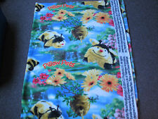 1 Yard Fleece Fabric - Sykel Pillow Pets Bees Flying on Scenic