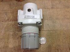 SMC AR40-F04B-A AR40 F0B A air pressure regulator 1/2 x 1/2 NPT 1/8 gage port