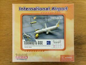 Dragon Wings 1:400 Royal Brunei Airlines 767-300 Model & Airport Diorama Set