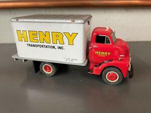 First Gear 1:34 1952 GMC Dry Goods Van Henry