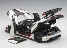 Autoart 2014 KOENIGSEGG ONE PEBBLE WHITE/CARBON BLACK /RED ACCENTS 1/18 Scale