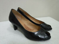 NEW Women's SOFFT SORRENTO 9 M Black Patent Leather Peep Toe Heels Pumps Shoes