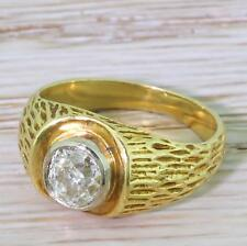 RETRO 0.96ct OLD CUSHION CUT DIAMOND SOLITAIRE RING - 18k Gold - c 1945