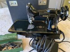 Vintage Singer Sewing Machine With Case and attachments