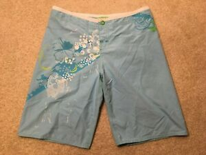 Roxy Quiksilver Blue Board Shorts Buttons 100% Polyester Ladies Size 3 V469436
