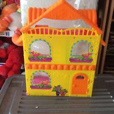 DOLLS HOUSE.MATTEL DORA THE EXPLORER.2010