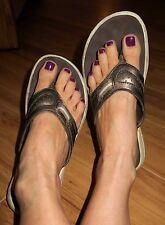 Clarks Very Well Worn Comfort Flip Flop Womens Sandals Size 6