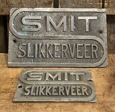 2 Vintage SMIT SLIKKERVEER Industrial Machinery Equipment Steampunk Plaques Sign