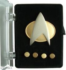 STAR TREK TNG Communicator + 4 Rank pips - (matt) PROP
