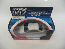 Corgi 1:43 BMW 750i Silver Tomorrow Never Dies James Bond 007 TY05102