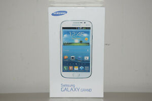 Samsung Galaxy Grand Duos GT-I9082 8GB Dual SIM GSM Smartphone White Unlocked BN