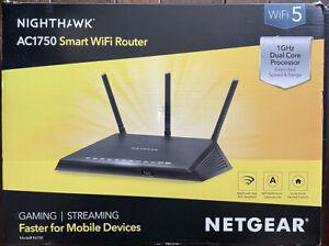 NETGEAR R6700 Nighthawk AC1750 Dual Band Smart WiFi, Gigabit Ethernet (R6700)